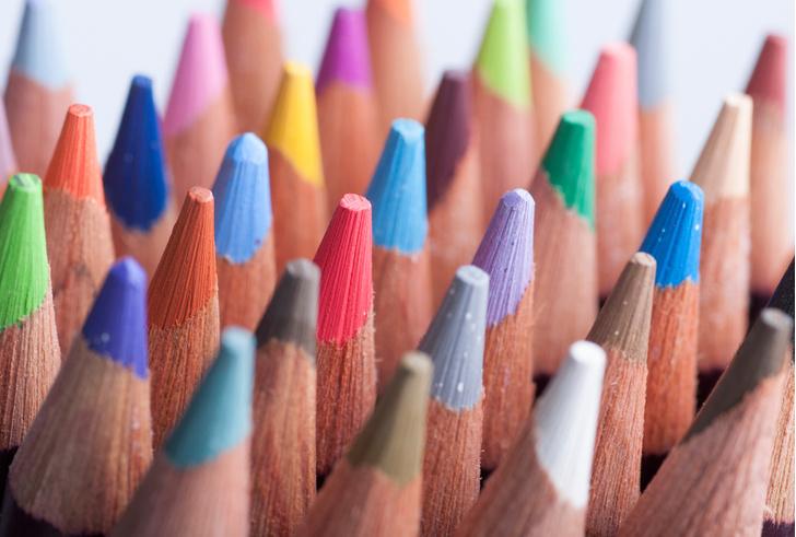Фото №1 - Названы самые популярные цвета в разных странах мира
