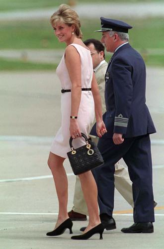Фото №7 - Леди Диана и Lady Dior: история любви принцессы и сумки
