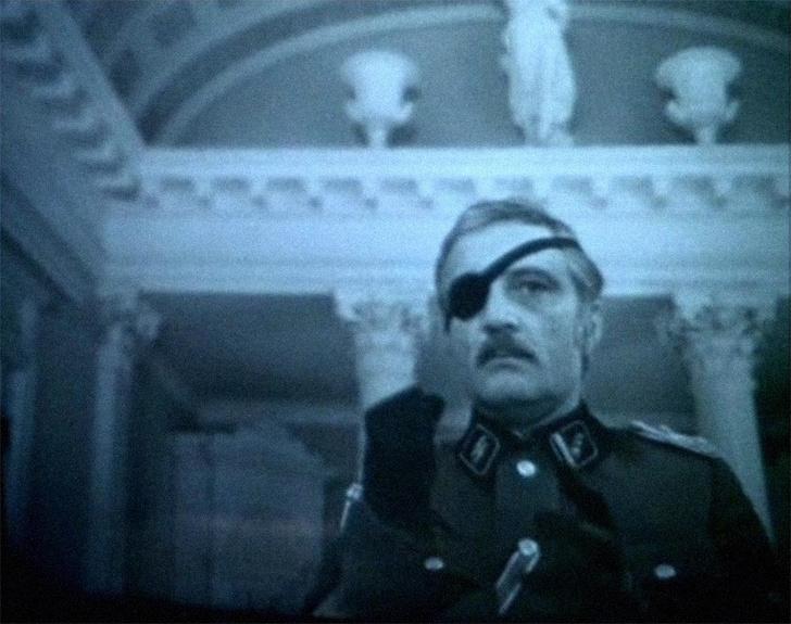 Фото №12 - 22 незаметные роли в популярных российских фильмах, которые исполнили сами режиссеры