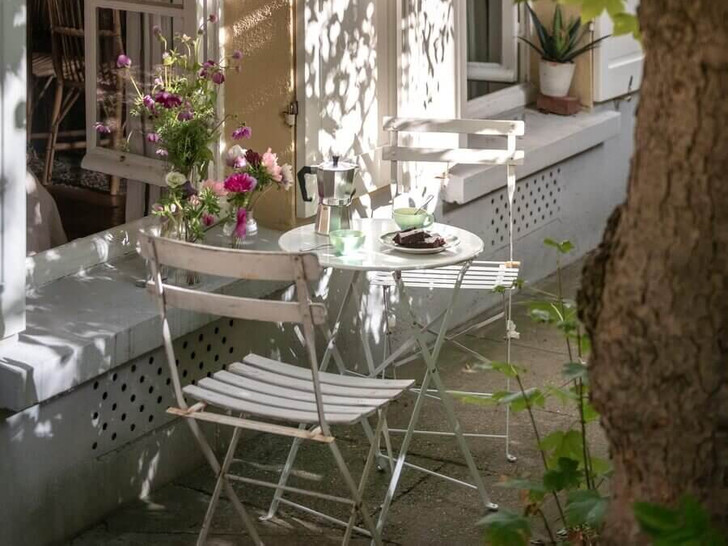 Фото №9 - Маленькая квартира с цветочными мотивами в Париже