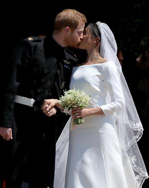 Фото №3 - Шаг навстречу: как Гарри и Меган поздравили Евгению с беременностью