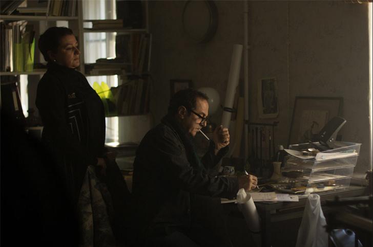 Фото №2 - MAXIM посмотрел фильм «Дело», где российский интеллигент противостоит власти