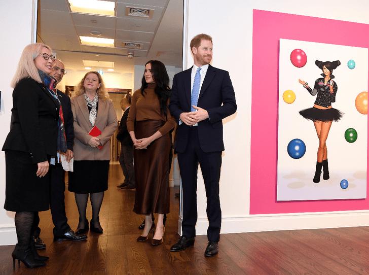 Фото №4 - Отпуск окончен: принц Гарри и герцогиня Меган совершили первый выход в этом году