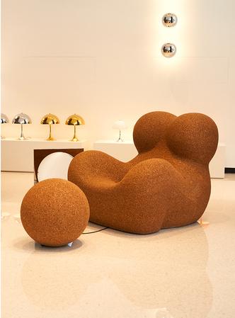 Фото №2 - Спецвыпуск: пробковая версия кресла и пуфа Up 5_6 от B&B Italia
