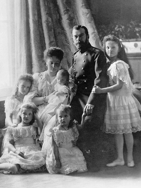 Фото №10 - Как отмечали Рождество в Русской императорской семье