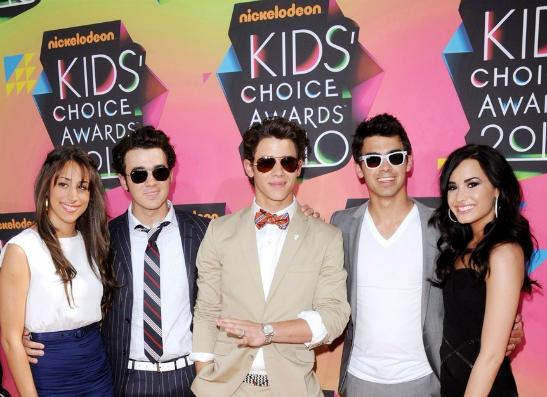 Фото №1 - Nickelodeon представил номинантов Kids' Choice Awards 2013