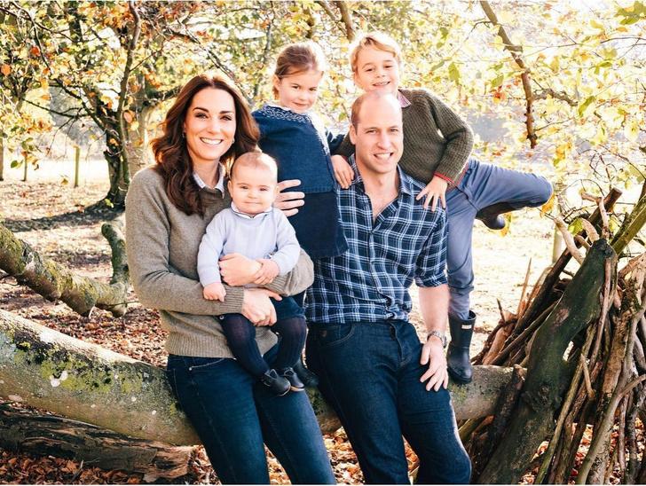 герцог и герцогиня Кембрижские с детьми