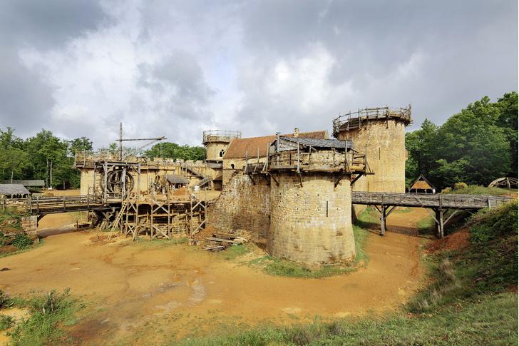 Фото №1 - Фотопроект: строящее Средневековье