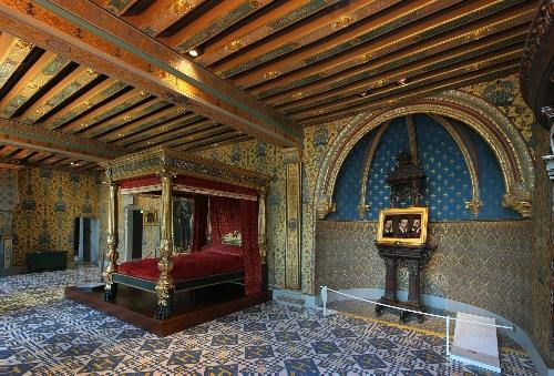 Фото №7 - 5 знаменитых замков Франции