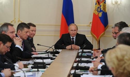 Фото №1 - Путин запретил своим министрам ходить на работу с гриппом