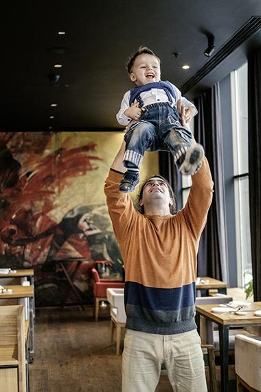 Отцы в декрете: готовы ли мужчины разделить ответственность за детей?