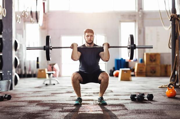 Фото №2 - 10 физических упражнений, которые сделают тебя богом в постели