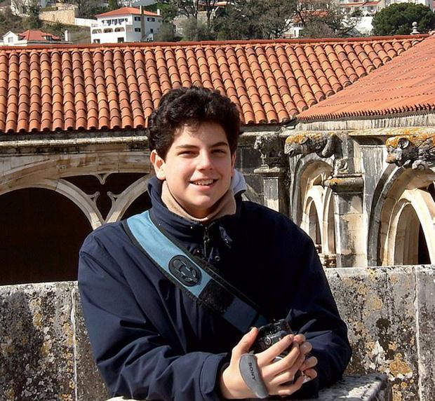 Фото №3 - Ватикан сделает 15-летнего подростка, умершего от рака крови, «Святым покровителем Интернета»