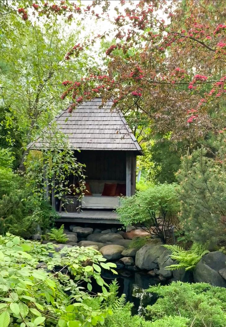 Фото №14 - ELLE DECORATION в саду у дизайнера Ирины Глик