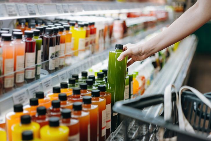 Фото №1 - Уберите их подальше: 5 вредных продуктов, которыми мы кормим детей