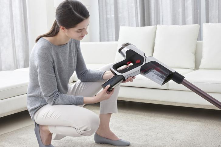 Фото №4 - Легко и быстро: убираем квартиру с новым вертикальным пылесосом Samsung
