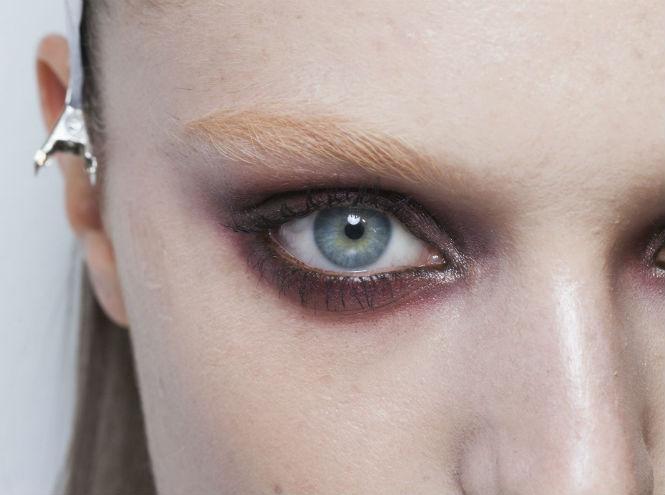 Фото №1 - «Вкусный» smokey eyes: новый тренд в макияже глаз