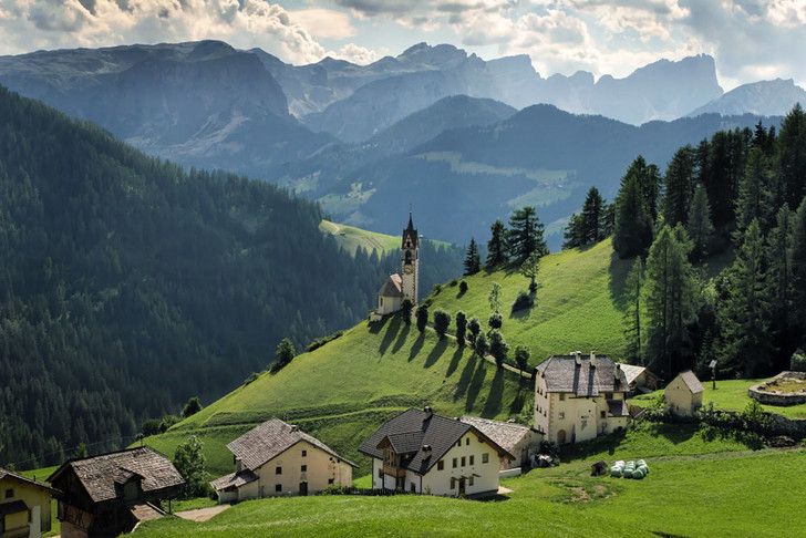 Фото №5 - Горные подкаблучники: традиции альпийского народа
