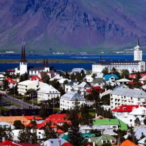Фото №1 - Исландия продается и покупается