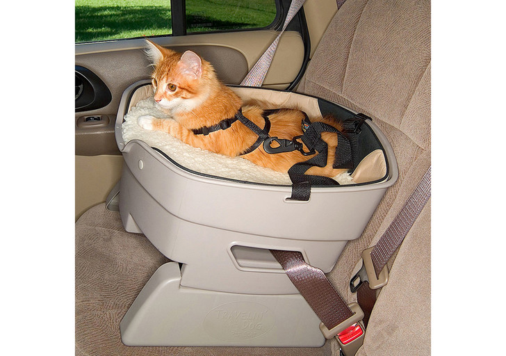 Фото №3 - Как пристегнуть кота, собаку и других животных в машине