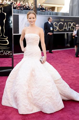 Фото №31 - Легенды «Оскара»: самые известные платья в истории премии