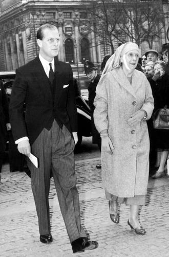 Фото №12 - Принц Филипп и его семья: как тяжелое детство сформировало характер супруга Елизаветы II