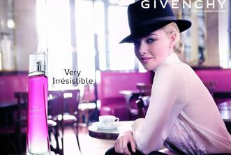 Фото №3 - Аманда Сейфрид в рекламе Givenchy