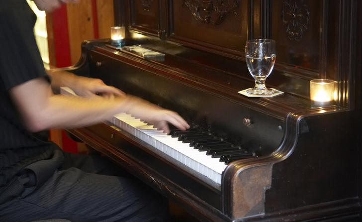 Фото №1 - Рестораторы могут управлять посетителями с помощью музыки