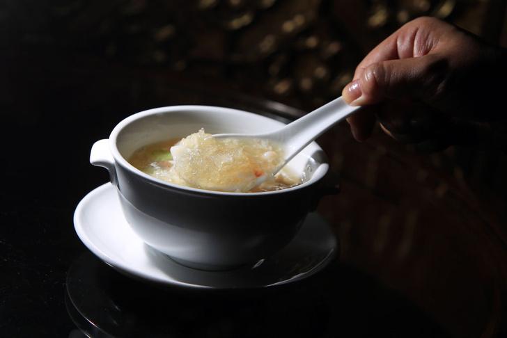 Фото №1 - Какой суп особенно ценится на Востоке?