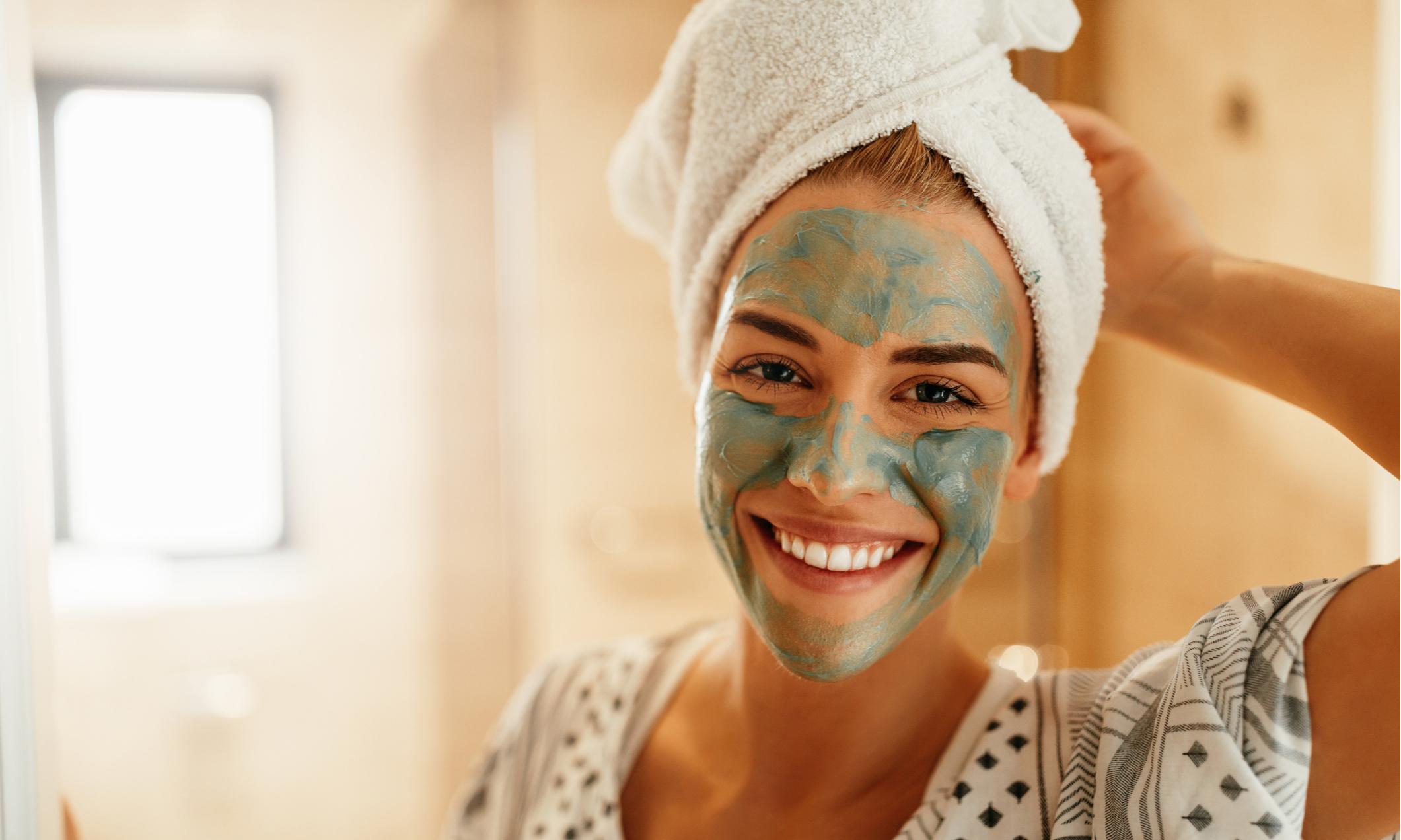 Три быстрые самодельные маски для сияющей кожи