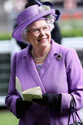 Фото №5 - Секреты Елизаветы: 8 новых историй о гардеробе Королевы