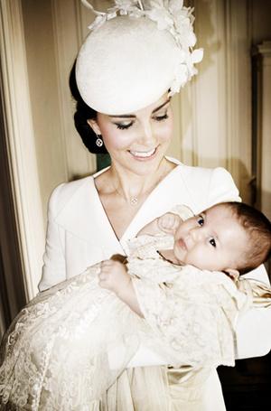 Фото №41 - Самые трогательные моменты крестин детей герцогов Кембриджских