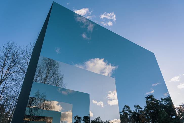 Фото №3 - Зеркальный черный квадрат в парке имени Казимира Малевича