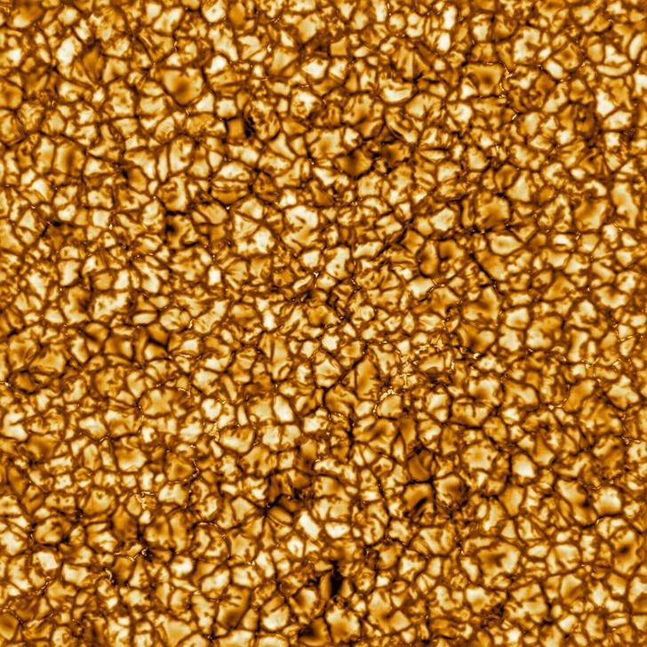 Фото №1 - Самые детальные в истории фотографии Солнца