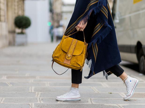 Фото №1 - Converse как холст для творчества: гид по лучшим расцветкам культовой обуви