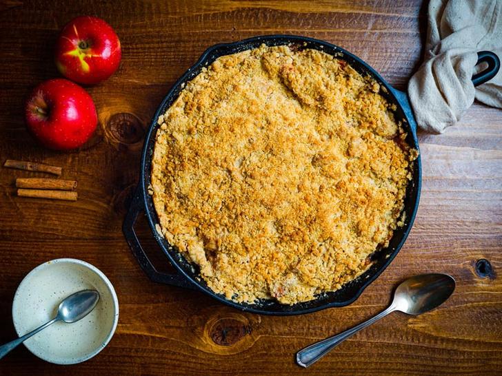 Фото №2 - Яблочный крамбл: история блюда и оригинальный рецепт