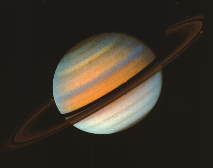 Фото №1 - Кольца Сатурна станут заметны в любительских телескопах