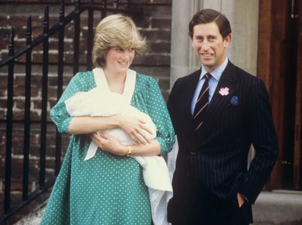 Фото №4 - Искусство «возвращения домой»: как принцесса Диана и Кейт Миддлтон изменили вековую традицию