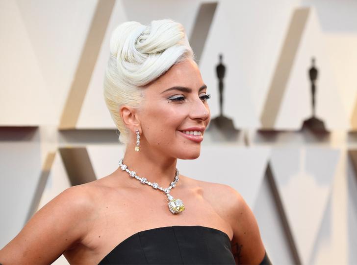 Фото №2 - Драгоценный «Оскар-2019»: самые эффектные украшения звезд