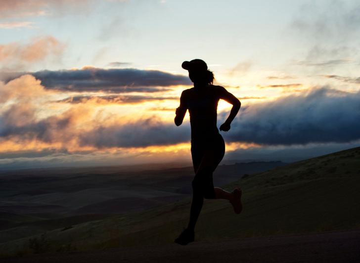 Фото №1 - Чем полезны тренировки перед завтраком