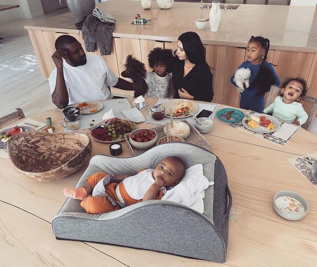 Фото №7 - Чем завтракают дети Пугачевой, Бони и других звезд: фото