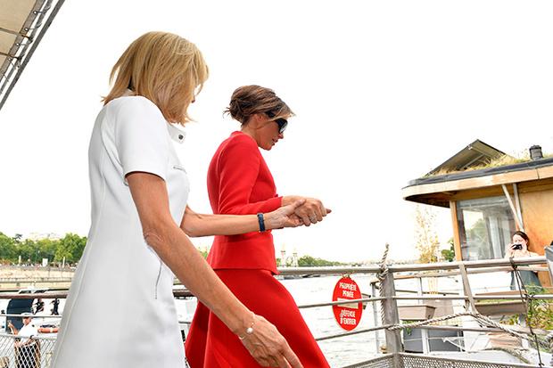Фото №9 - Первые подруги: Мелания Трамп и Бриджит Макрон в Париже