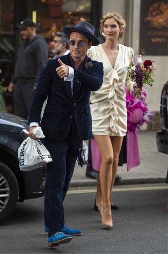 Фото №5 - 10 самых стильных звездных свадеб 2019 года