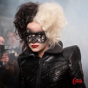 Фото №1 - Эмма Стоун ответила на сравнения Круэллы с Джокером