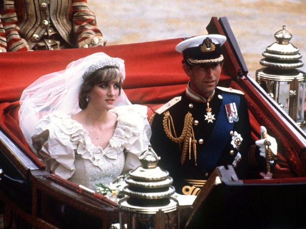 Фото №1 - Почему принцесса Диана не могла надеть на свою свадьбу туфли на высоком каблуке