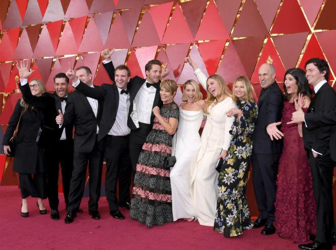 Фото №11 - Сколько стоил «Оскар-2018» (и кто выиграл, а кто проиграл)