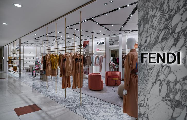 Фото №3 - Новый бутик Fendi в ЦУМе