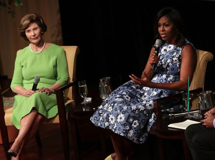 Фото №1 - Бывшие первые леди США выступили против президента Трампа