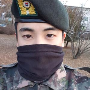 Фото №2 - Баттл: Ли Чон Сок vs Пак Хён Шик
