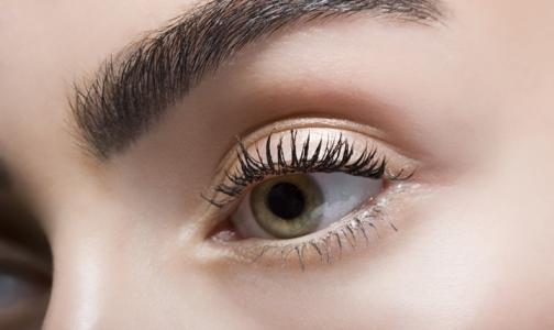Фото №1 - Мода на вылизывание глаз вызвала всплеск конъюнктивита среди японских подростков